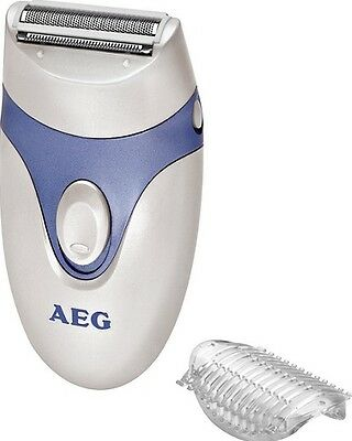 AEG German Lady Shaver LS 5652 with a long-hair attachment uses 2xAAA batteries
