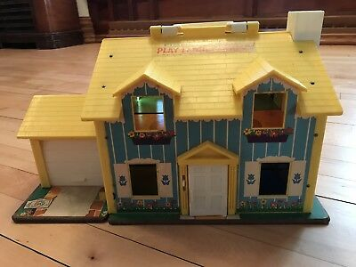 1969 Vtg Fisher Price YELLOW Play Family House Little People