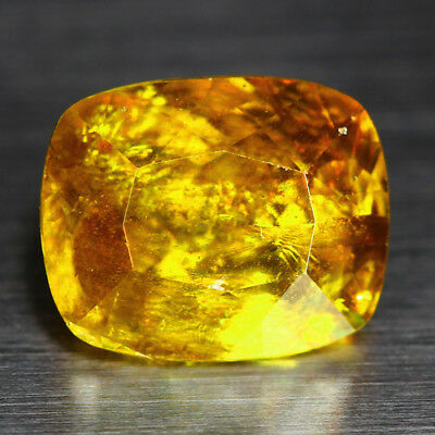3.51 Cts_Diamond Top Luster_100 % Natural Unheated Golden Yellow Red Spot Sphene