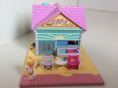 Vintage Polly Pocket 1993 BEACH CAFE POLLYVILLE 99% Complete