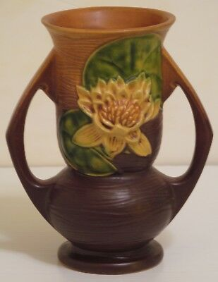 Roseville Potter Water Lily Double Handle Vase 74-7