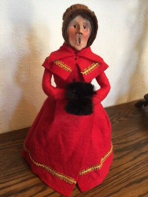 """Byers Choice Vintage """"WOMAN IN RED HOLDING MUFF"""", 1979, Authentic Bumpy Base!"""