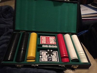 New Poker Chip Set With Playing Cards And Dice In Carrying Case