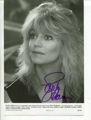 GOLDIE HAWN autograph HAND SIGNED 5969