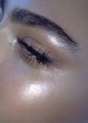 Pearl White Eyeshadow/ Highlighter Pigment