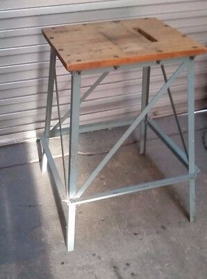 STEEL workbench/bench/work table vintage industrial hall/display stand rustic