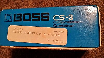 Boss CS-3 Compression Sustainer Effect Pedal  with box