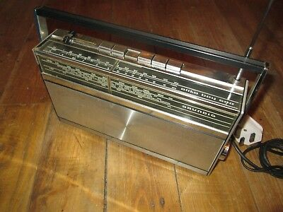Vintage Grundig Elite Boy 500 Radio Excellent Working Order Mains or Battery