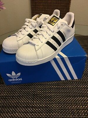 C77154 KIDS GRADE SCHOOL SUPERSTAR JUNIOR ADIDAS WHITE/BLACK/GOLD Size 3 1/2