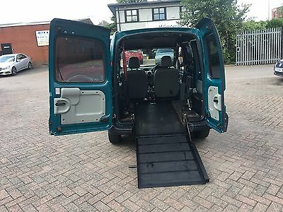Automatic. Wheelchair Access Disabled Vehicle With Ramp And Electric Winch.