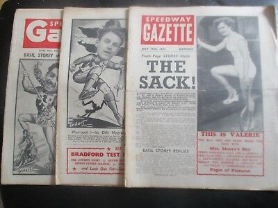 1951 Collection (11) Of 3  Of The  Speedway Gazette And Echo  Magazine