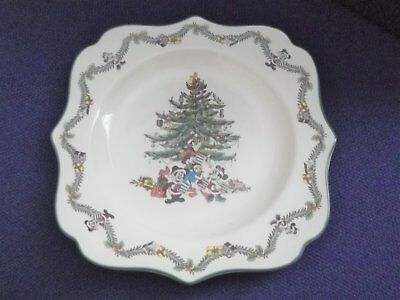 Spode Disney`s Christmas Tree Fancy Sq Plate 9inch