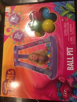 Dreamworks Trolls ball pit, playset includes 25 crush resistant pit balls New