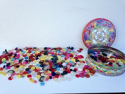 vintage   lot of mixed buttons