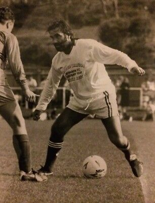 George Best In action, Press Photo 1988