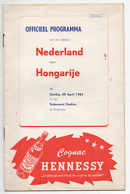 Holland vs Hungary 30/4/1961 World Cup Qualifying Signed X 19 players Very Rare
