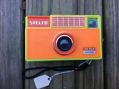 Vintage Stelco 126 Cartridge Film Plastic Colored Camera