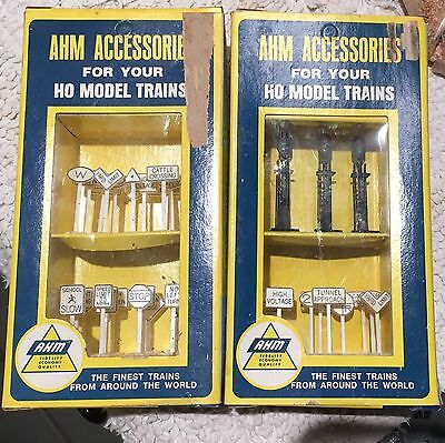 Ahm Accessories #2 Boxes Nos 23 Rr Signs & Assorted Rr Sigs - #5611 & 5612