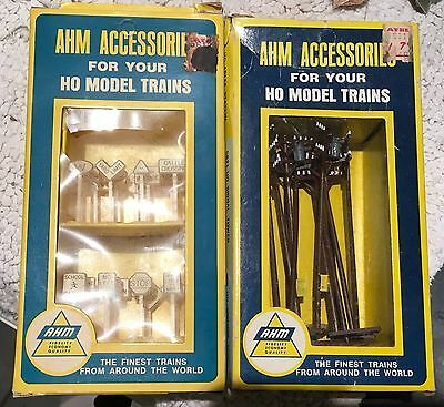 Ahm Accessories #2 Boxes Nos 23 Rr Signs & 12 Telephone Poles - #5610 & 5612