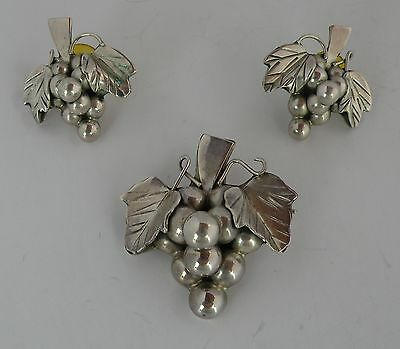 Vintage figural Grape earrings & pendant set sterling Mexico, Mexican silver