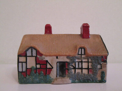 W H GOSS CHINA COTTAGE - MODEL OF ANN HATHAWAY'S COTTAGE Rd No 208047