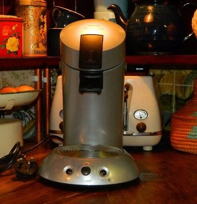 Philips Senseo HD7816 Coffee/Tea Making Machine. In Excellent Condition Silver