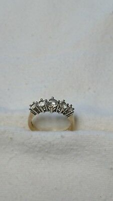 9ct gold cz ring size k1/5 2.9g