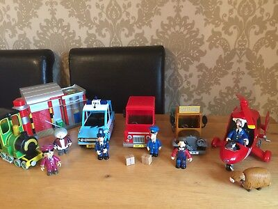 Postman Pat -Bundle - Sorting Office & 5 Large Vehicles With Figures