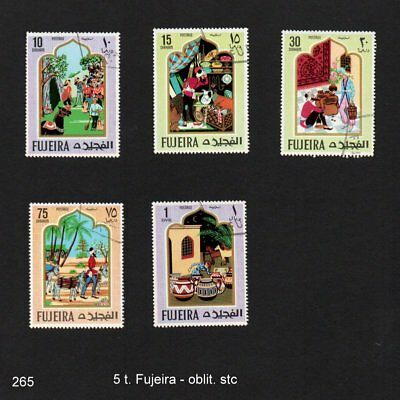 Fujeira - 39 timbres divers