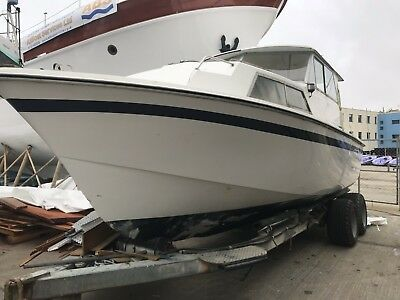 Cleopatra 27 motor boat project Relisted due to winning buyer not making contact