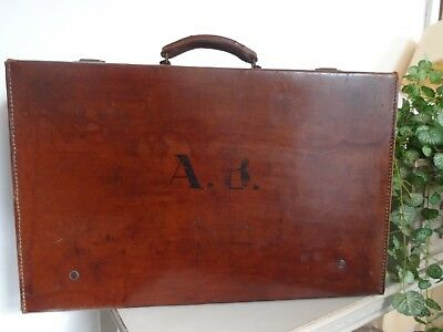 Lovely Retro Vintage Leather Suitcase Bag