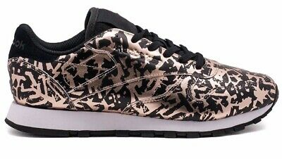 4d2288bc91d  BD4604  Womens Reebok Classic Leather HIJACKED Heritage - Rose Gold Black