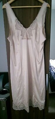 Charnos size 18 nude night dress silky smooth with lace trims
