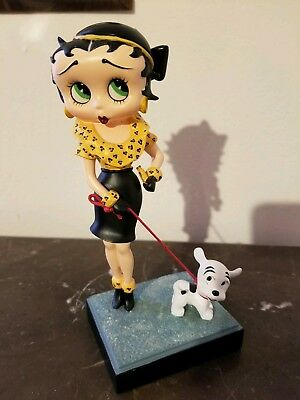 "Betty Boop ""Out for a Stroll"" figurine Danbury Mint"