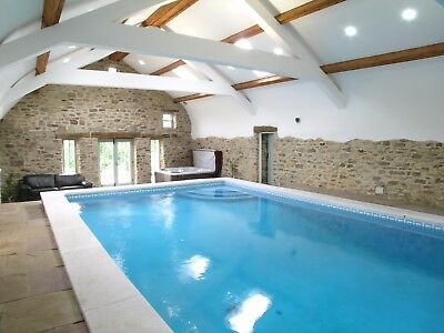 Mid week 2 night stay in our holiday cottage with pool