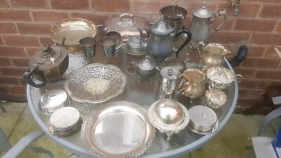 A job lot of 23 vintage silver plated items.8 kgs in weight.job lot 2 of 2.