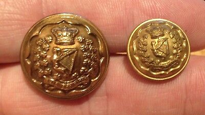 A lovely gilt Victorian Crown CONNAUGHT RANGERS OFFICERS Gilt Wash tunic button