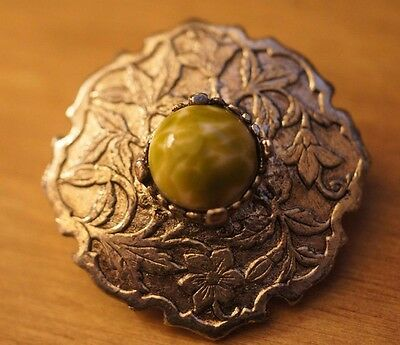 HOLLYWOOD silver plated Scottish Cairngorm 'agate' vintage shield brooch pin