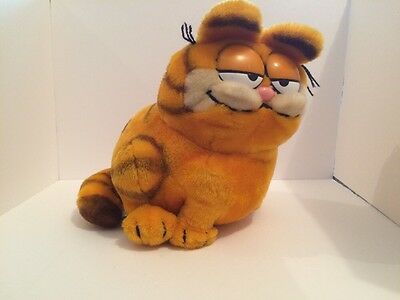 Vintage 10inch Garfield Plush 1981