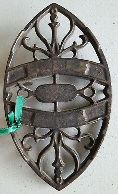7 inch Sad Iron Trivet Double-Ended   Decor  Very Smooth  Lots of character