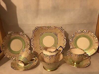 Suberbly Decorated Vintage Plant Tuscan 9 Piece Tea Set