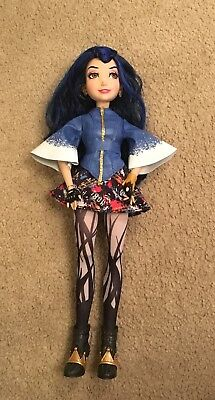 Disney Descendants Evie Villain Doll, Isle Of The Lost, Excellent Condition
