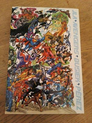 JLA / AVENGERS Slipcase Collector's Edition Hardcover 1st Printing