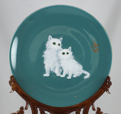 CHINESE PORCELAIN RELIEF PLATE JINGDEZHEN CERAMIC INSTITUTE 2 WHITE CATS 20thC