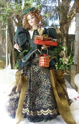 Helena Franklin Mint Christmas heirloom doll