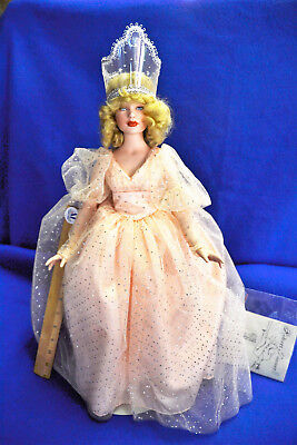 Robert Tonner, Glinda the Good Witch, Signed Limited edition of 150, Gold Box
