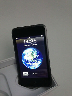 Apple iPod touch 1st Generation Black 32GB Model A1213
