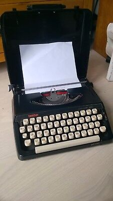 Vintage Brother Deluxe 220 Black Portable Typewriter  - Lovely Condition