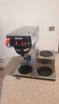 BUNN Commercial Coffee Brewer with Three Warmers
