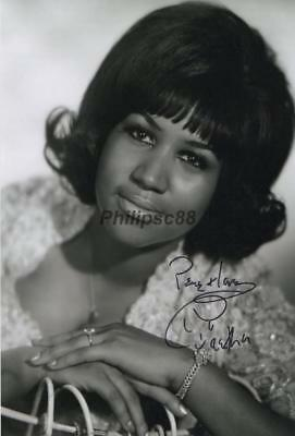 Aretha Franklin Genuine Autographed 12x8inch photograph